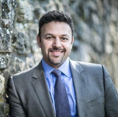 photo of Rabbi Jason Nevarez